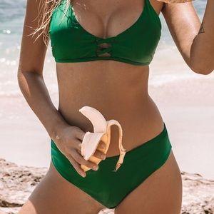 NWT Cupshe Green Bikini.